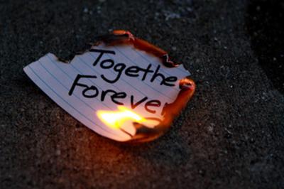 amplt3-broken-heart-heartbreak-love-love-loss-together-forever-Favim.com-54400_large
