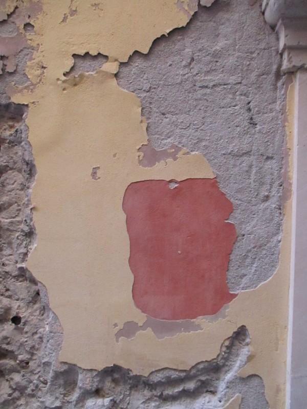 old wall art Ortygia