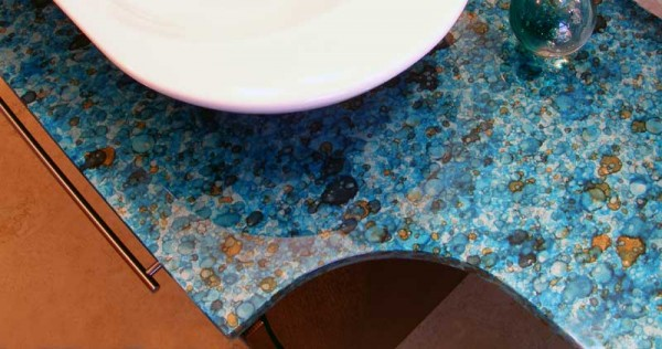 When I say I like colors in countertops, this is what I mean.