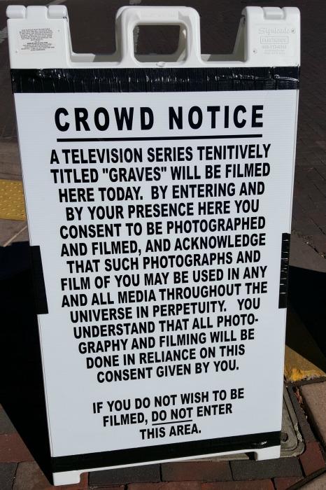 crowd notice